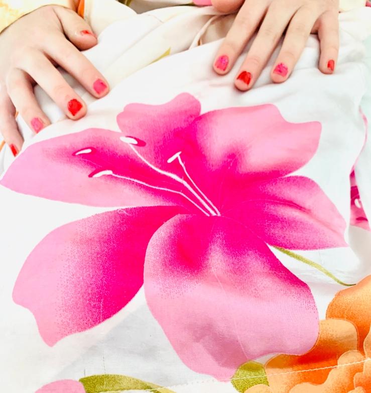 lily-on-kimono