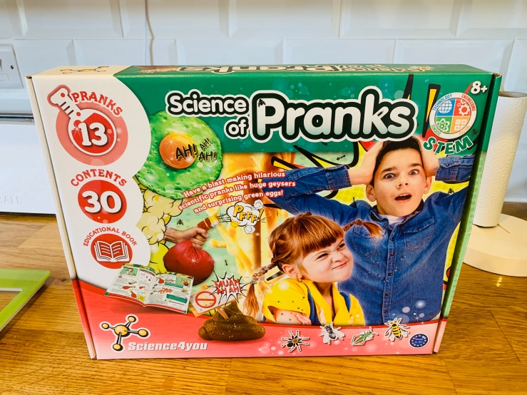 prank-set